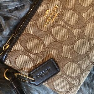 COACH (Authentic) Signature Wristlet